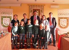 Alcalde de las Rozas entrega los premios del Concurso de Belenes de Orvalle