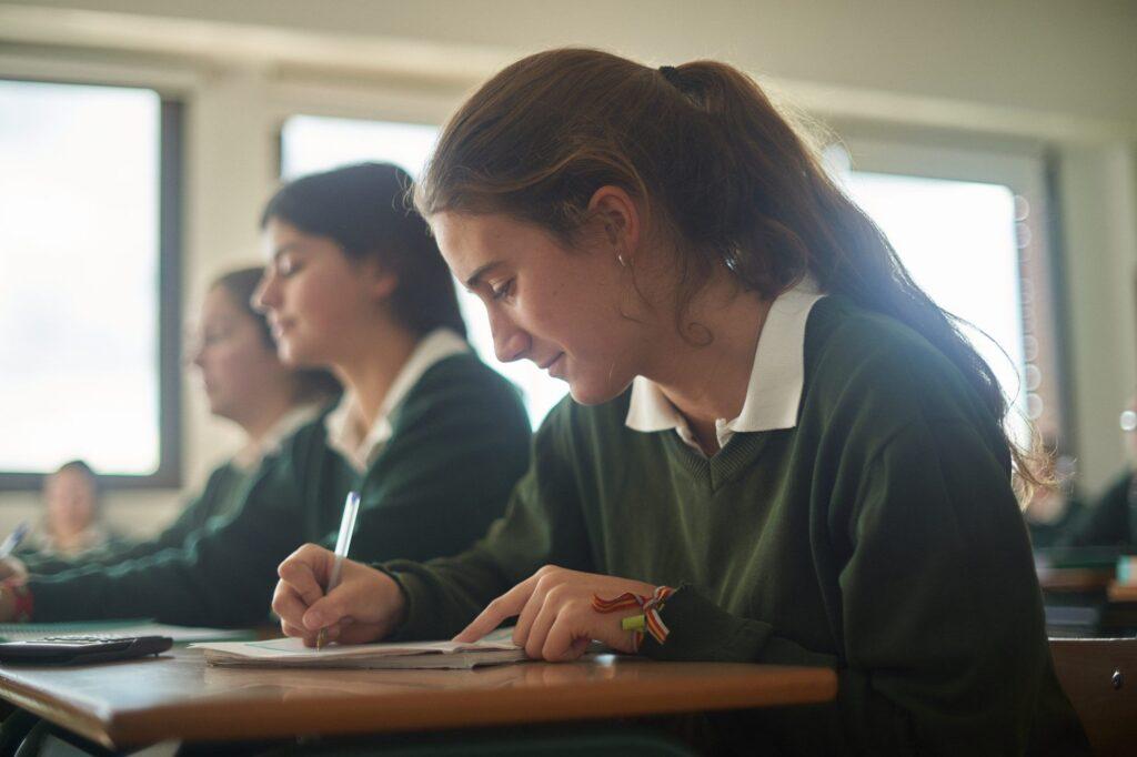 Alumnas de Bachillerato en el Colegio Orvalle