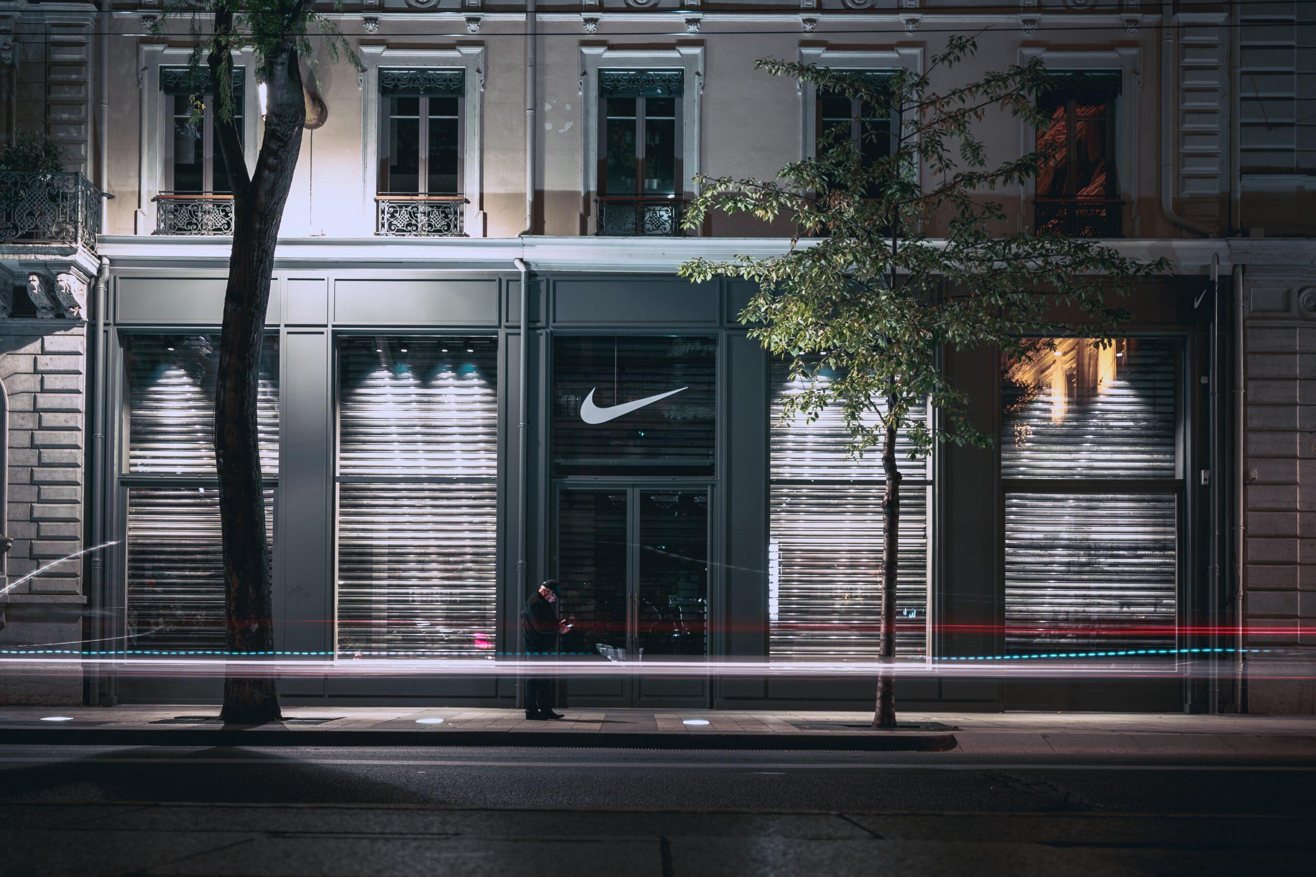 Tienda Nike scaled